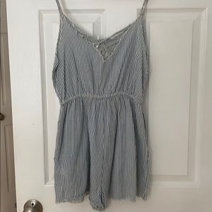 Urban Outfitters Other - UO romper size small!